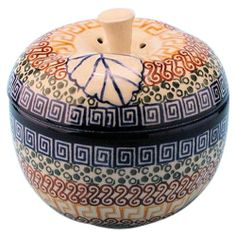 New Polish Pottery LARGE APPLE BAKER Boleslawiec CA Pattern 50 Euro Stoneware - http://cookware.everythingreviews.net/6701/new-polish-pottery-large-apple-baker-boleslawiec-ca-pattern-50-euro-stoneware.html