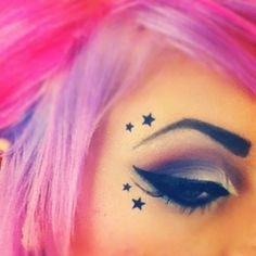 makeup i love the little stars!