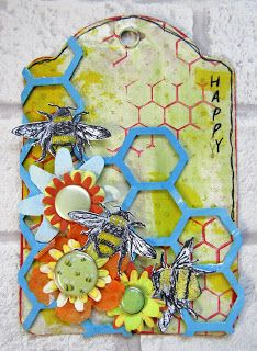 Buzy Bees Tag for The Artistic Stamper by Gemma Hynes #tag #tags #mixedmedia #mixedmediaart  #bees #flowers #create #papercraft #paperflowers #paperartsy
