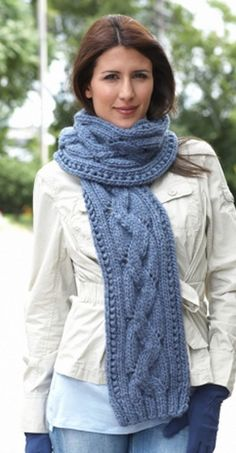 Cable knitted scarf pattern Chunky, cozy cables always look appealing in the cold of winter. Beginning knitters can sometimes be intimidated by these curvy patterns, but with patterns like the Basic Cable Scarf on your side, you dont have to fear. Knitting Patterns Free, Knit Patterns, Free Knitting, Free Pattern, Beginner Knitting, Finger Knitting, Pattern Ideas, Knit Or Crochet, Crochet Scarves