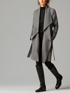 Dreamy grey coat with belt - Massimo Dutti
