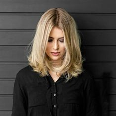 Superb Long Inverted Bob Hairstyles 2017 – 2018 for Women Medium Long Hair, Long Curly Hair, Curly Hair Styles, Thick Hair, Inverted Bob Hairstyles, Cool Hairstyles, Hairstyles 2018, Hairstyle Ideas, Blonde Ombre Bob