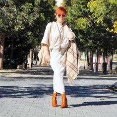 Empezamos la semana  Hoy os enseño mi look con mis botines orange!!! Todos los detalles en  almamodaaldia.com  #botines #lookoftheday #outfit #editar #streetphotography #fhotography #sesion #fashionladies #kissmylook #moda #almamodaaldia