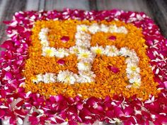 Rangoli Designs Flower, Colorful Rangoli Designs, Rangoli Designs Diwali, Flower Rangoli, Flower Designs, Diwali Decorations At Home, Festival Decorations, Wedding Decorations, Diya Rangoli