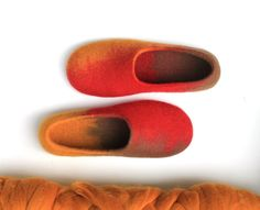 Women felted house shoes - felted slippers for woman - merino wool slippers - made to order  - red and yellow and brown