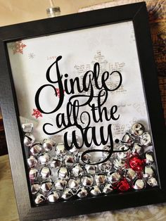 Christmas decorating idea... looks easy enough with a shadow box from the craft store.