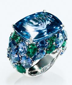 The Devine ring by De Grisogono. Courtesy of Vogue France.