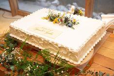 wedding cakes sencillo wedding ca - weddingcake Romantic Night Wedding, Night Wedding Photos, Wedding Dress Empire, Sheer Wedding Dress, Card Box Wedding, Wedding Table, Wedding Sheet Cakes, Wedding Rituals, Garland Wedding