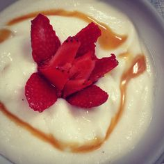 Strawberry flower crowns our probiotic coconut yoghurt