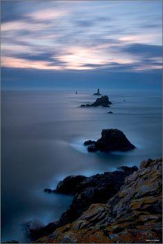 Par un soir de printemps à la Pointe du Raz... | Flickr - Photo Sharing!