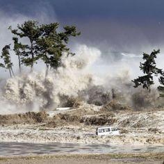 Tsunami   Natural Disasters – Tsunami   Historymartinez's Blog- Horrible disasters