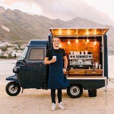 Food Cart Design, Food Truck Design, Coffee Van, Coffee To Go, Coffee Food Truck, Espresso Love, Mobile Coffee Shop, Cafe Shop Design, Mobile Cafe