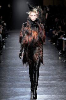 Ann Demeulemeester Fall 2011 Ready-to-Wear - Collection - Gallery - Style.com