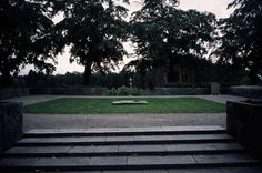 Woodland Cemetery, Stockholm, Sigurd Lewerentz and Gunnar Asplund, 1915-61. Part 1. | 页 景