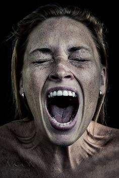 ⋆ Moon-Photography<br> Just scream! You vent, and the body just feels good after a good old yell. Face Drawing Reference, Human Reference, Photo Reference, Art Reference, Dark Portrait, Portrait Art, Emotional Photography, Moon Photography, Portrait Photography
