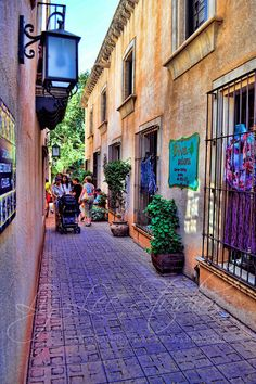 Tlaquepaque, Sedona, AZ This is a beautiful shopping area. Many galleries with wonderful artists!