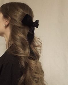 Aesthetic Hair, Aesthetic Beauty, Grunge Hair, Hair Day, Pretty Hairstyles, Scarf Hairstyles, Updo Hairstyle, Hairstyle With Bow, Ribbon Hairstyle