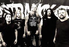 Um dos principais nomes do Thrash Metal nacional, o gaúcho DISTRAUGHT, tem um novo dono dos graves. Nelson Casagrande, depois de dez anos e três álbuns gravados, vai seguir outros caminhos profissi…