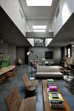 Maurizio Pecoraro's Elegant and Moody Home by Dordoni Architetti, Milan. - Hedge Funds Blog Articles
