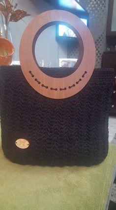 Black Tote crochet bag Black Tote, Handmade Bags, Crochet, Handmade Handbags, Ganchillo, Crocheting, Knits, Chrochet, Homemade Bags