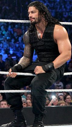 "For the love of Roman Reigns <span class=""EmojiInput mj230"" title=""Black Heart Suit ::hearts::""></span>"