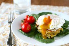 Yüksek protein kaynağı, glüten içermeyen kalsiyum deposu, pek çok rahatsızlığın şifacısı kinoalı (quinoa) sağlıklı mı sağlıklı bir mücver tarifi var sırada.