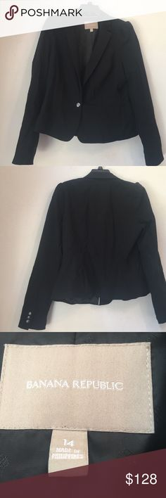 Banana Republic black one button lined blazer 14 Thanks so much for looking. I accept all reasonable offers!!  Perfect for posh party 4/12/17!! Banana Republic Jackets & Coats Blazers