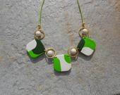 collier perles carrées tricolores en pâte fimo polymère : Collier par elisabijoux