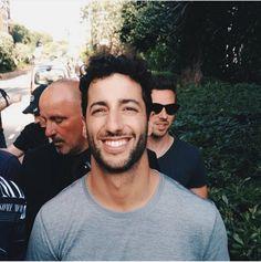 Ricciardo F1, Daniel Ricciardo, Jackie Stewart, Alain Prost, Daughters Boyfriend, Boyfriends, Shot Book, Ricky Bobby, Francisco Lachowski