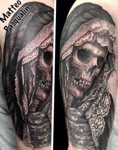 Great lacework on this tattoo Matteo Pasqualin