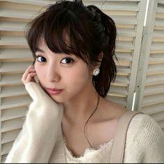新川優愛 Prity Girl, Japanese Photography, Young Actresses, Pretty Baby, Beautiful Asian Women, College Girls, Asian Woman, Beauty Women, Asian Beauty