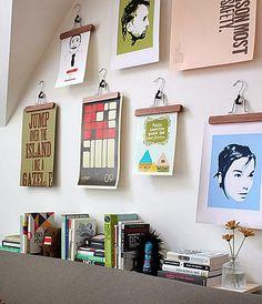 Seu bolso e suas paredes de casa estão vazios? Pois vc vai gostar destas ideias para decorar as paredes da sala, quarto e quarto do bebê fazendo você mesma(o) quadros bem bonitos, usando o que tem e sua criatividade! Vamos lá ver?