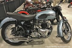 1955 Triumph Tiger 650 was the hottest bike on the market at the time. Eye-popping Pictures, Specs, History & more. Small Motorcycles, British Motorcycles, Triumph Motorcycles, Vintage Motorcycles, Classic Bikes, Classic Trucks, Triumph Thunderbird, Triumph Tiger, Final Drive