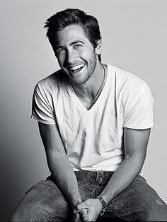 Jake Gyllenhaal pretty-faces