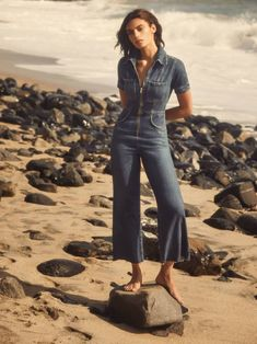 Suit up. This is a slightly cropped, stretch denim jumpsuit with chest pockets and an exposed center front zipper. The Georgia is fitted through the bodice and hips with a wide fitting leg. Vogue Paris, Trendy Outfits, Cute Outfits, Stretch Denim Fabric, Thing 1, Jeans Jumpsuit, Overalls, Pants, Trendy Swimwear