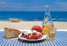 Κάλλιο καλή όρεξη,  παρά καλό φαΐ.   Ευλογημένη Κυριακή Κόσμε!!! Places In Greece, Greek Cooking, Mediterranean Sea, Greek Recipes, Greece Travel, Eastern Europe, Amazing Photography, North America, Alcoholic Drinks