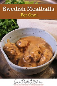 Small Batch Swedish Meatballs Homemade Swedish Meatball Recipe For One! Tender Swedish Meatballs made with ground beef and/or pork, perfectly seasoned and simmered in a rich, creamy sauce. Ground Beef Recipes, Pork Recipes, Cooking Recipes, Barbecue Recipes, Sauce Recipes, Cooking Tips, Recipies, Cooking For One, Batch Cooking