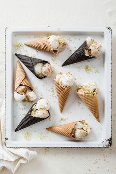 frozen yogurt ice cream with elderflower and honey ♥