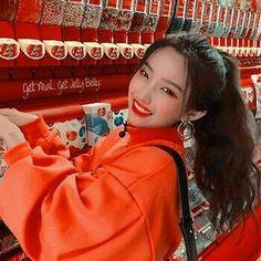 soyeon♡ ~ (g)- idle Kpop Girl Groups, Korean Girl Groups, Kpop Girls, Korean Aesthetic, Aesthetic Girl, K Pop, Jelly Belly, Soyeon, Sweet Girls