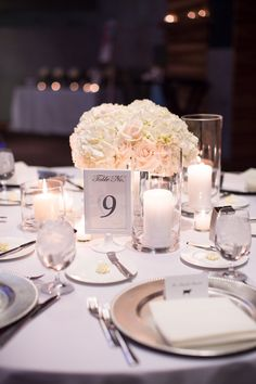 W Hotel Scottsdale Wedding from Erica Velasco Photographers - modern wedding centerpiece idea