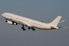 Hi Fly Airbus A340-313 CS-TQZ | por José Manuel Dias