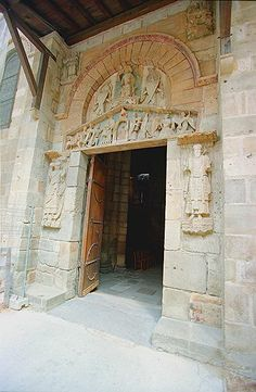 1000 images about tdo sculpture romane cit de l for Architecture romane definition