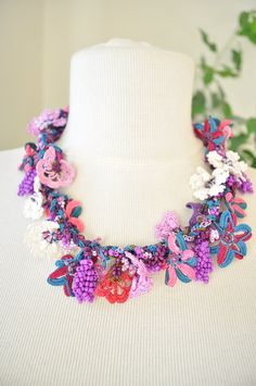 Turkish Oya, Beaded hand made lace necklace. Crocheted Turkish oya necklace 211514-27