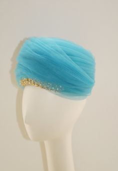 Schiaparelli Turquoise Turban 1950s. To see the source оf this item click on the picture. Please also visit my Etsy shop LarisaBоutique: www.etsy.com/shop/LarisaBoutique Thanks!