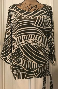 85fad18fa2049 Gorgeous Chicos Travelers 3 4 Sleeved Abstract Leaf Print Top Tunic - Sz 3( XL)  fashion  clothing  shoes  accessories  womensclothing  tops (ebay link)