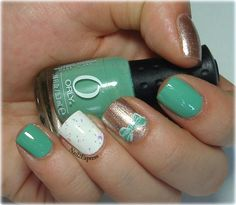 Mint with metallic champagne skittlette manicure