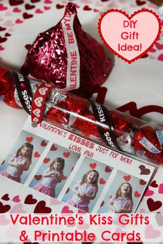 Here's a fun last minute Valentine idea for both kids and adults featuring Hershey's Kisses with customized DIY prints.