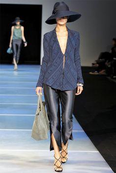 Giorgio Armani Spring 2012 - Milan Fashion Week