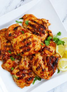 Grilled Chicken Thighs, Marinated Chicken, Yummy Chicken Recipes, Yum Yum Chicken, Spinach Recipes, Korean Bbq Chicken, Garlic Parmesan Shrimp, Harissa Chicken