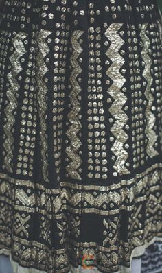 Fish Stock, Folk Art, Nice Dresses, Cape, Sequin Skirt, Costumes, Traditional, Romania, Skirts